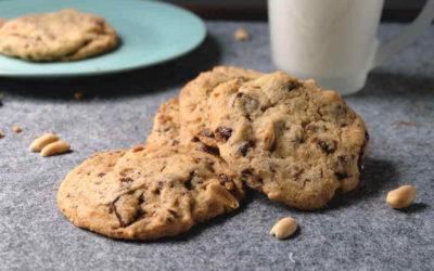 Cookies mit Schokolade und Erdnüssen